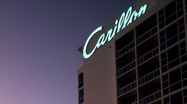Property CarilionHotel&Spa Hotel Exterior HistoricSign CarillonMiamiBeach
