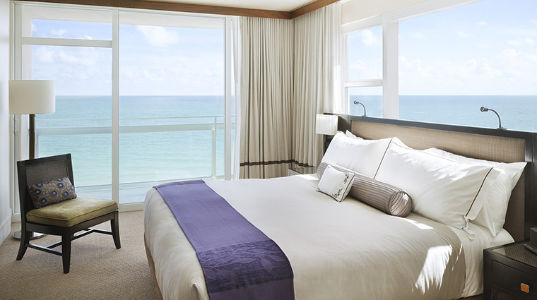 Property CarilionHotel&Spa Hotel GuestroomSuite OceanfrontSuiteBedroom CarillonMiamiBeach