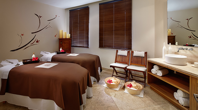 Property CasaVelasPuertoVallartaSpa Spa TreatmentRoom VelasResorts