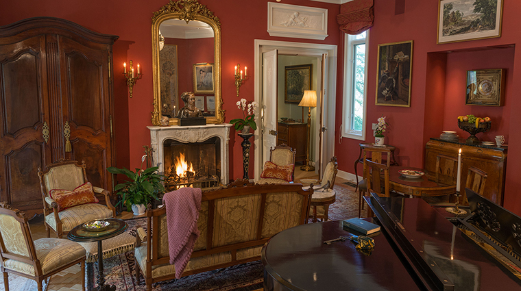 Property ChateauDuSureau Hotel GuestroomSuite VillaSalon ChateauDuSureau