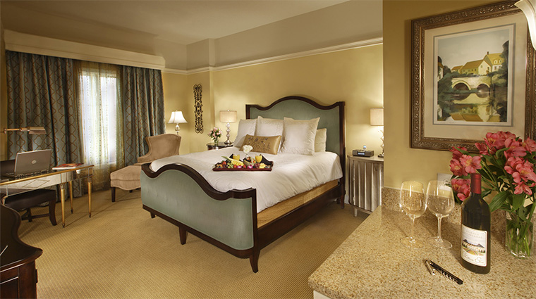 Property ChateauElan 5 Hotel GuestroomSuite ChateauGuestRoom CreditChateauElan