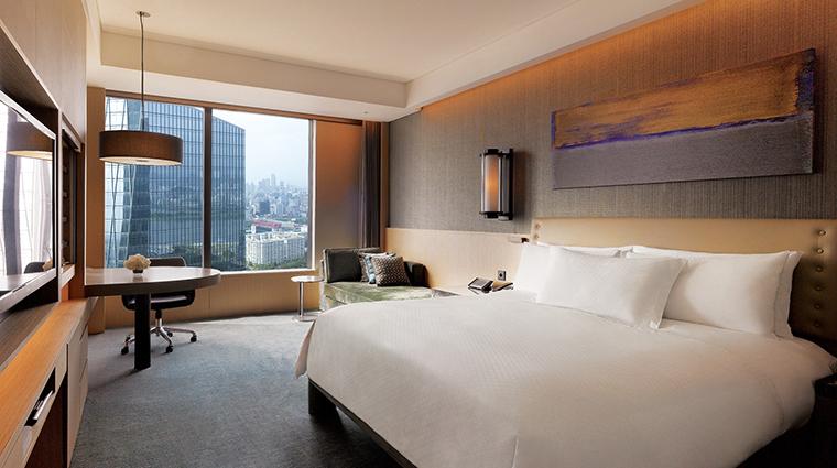 Property ConradSeoul Hotel GuestroomSuite ExecutiveCityViewKingRoom HiltonWorldwide