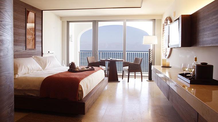 Property CostadEsteBeachResort&Spa Hotel GuestroomSuite OceanFrontKingRoom PersonalLuxuryResorts&Hotels