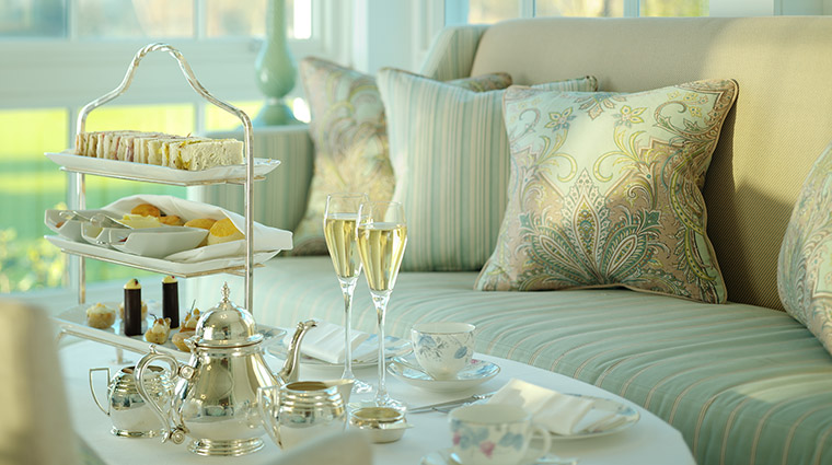 Property CoworthPark Hotel Activites ChampagneandAfternoonTea DorchesterCollection
