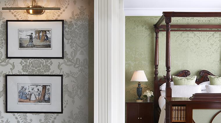 Property CreditTheGoringHotel Hotel GuestroomSuite RoyalSuiteMasterBedroom CreditTheGoring