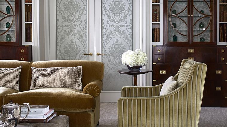 Property CreditTheGoringHotel Hotel GuestroomSuite RoyalSuiteSittingRoom2 CreditTheGoring