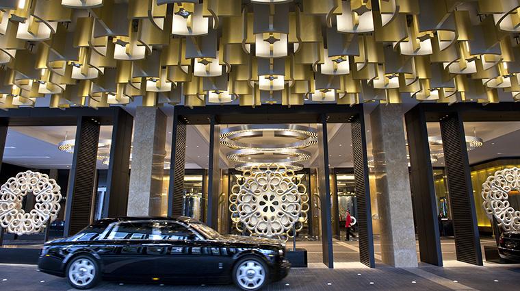 Property CrownTowersMelbourne Hotel Exterior FrontDriveway CrownResortsLTD
