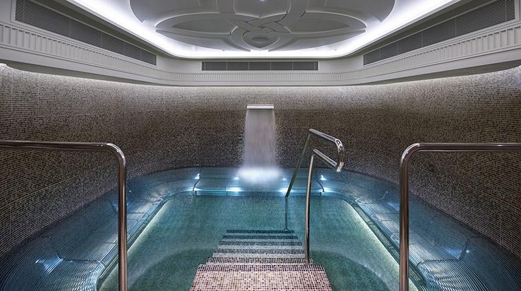 Property CrownTowersMelbourne Hotel Spa CrownSpaVitalityPool CrownResortsLTD