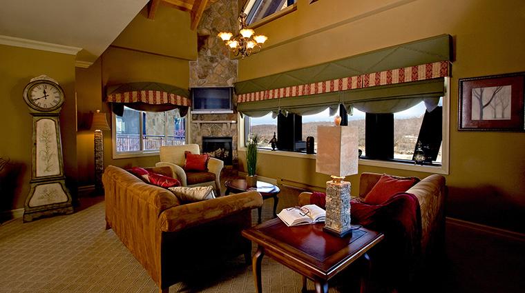 Property CrystalSpringsResort Hotel GuestroomSuite 2BedroomSuiteLivingRoom CrystalSpringsResort