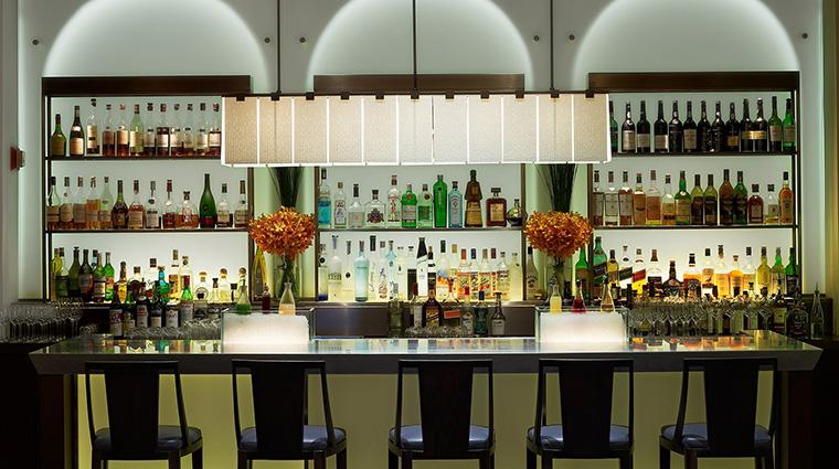 Property DANIEL 5 Restaurant Style Bar Credit E.Laignel