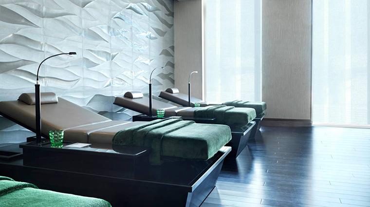 Property DahliaSpaatFourSeasonsHotelAbuDhabi Spa RelaxationArea FourSeasonsHotelsLimited