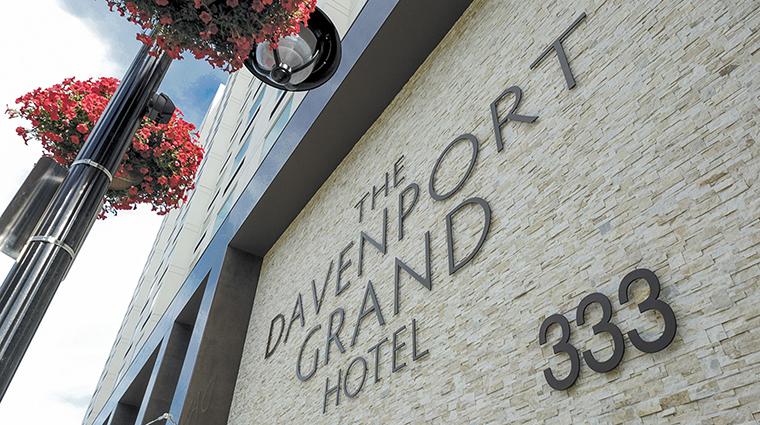 Property DavenportGrandHotel Hotel Exterior ExteriorSIgnage DavenportHotelCollection