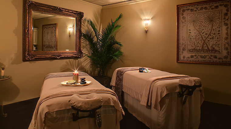 Property DavenportSpaandSalon 3 Spa Style TreatmentRoom CreditDavenportHotelCollection