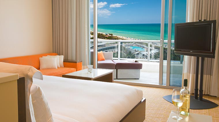 Property EdenRocMiamiBeach Hotel GuestroomSuites OceanfrontTower CreditEdenRocMiamiBeach