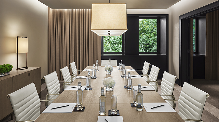 Property EditionNY Hotel PublicSpaces Boardroom EditionHotels