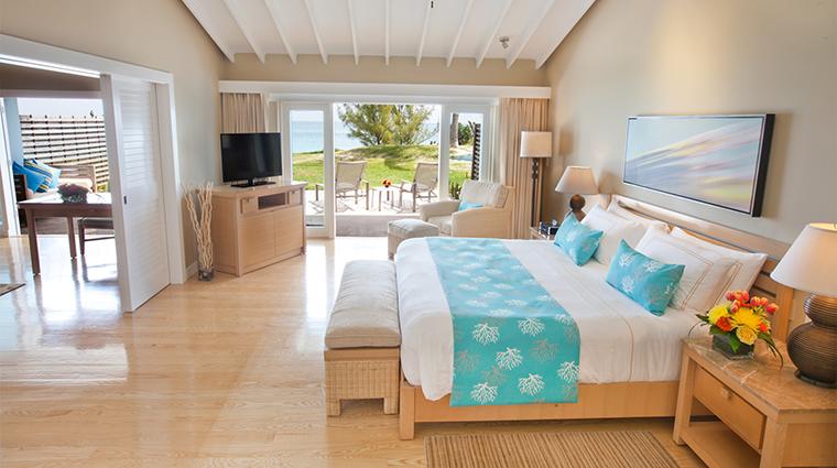 Property ElbowBeachBermuda Hotel GuestroomSuite BeachfrontOneBedroomSuite ElbowBeachBermudaResort&Spa