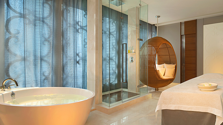 Property ElemisSpaStRegisBangkok Spa SingleTreatmentSuite StarwoodHotels&ResortsWorldwideInc