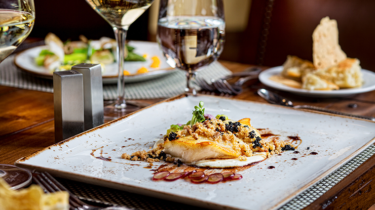 Property Entrada Restaurant Dining Cuisine7 NobleHouseHotels&Resorts