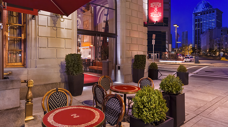 Property FairmontCopleyPlaza Hotel Dining OAKLongBarKitchenPatio FairmontRafflesHotelsInternationalInc