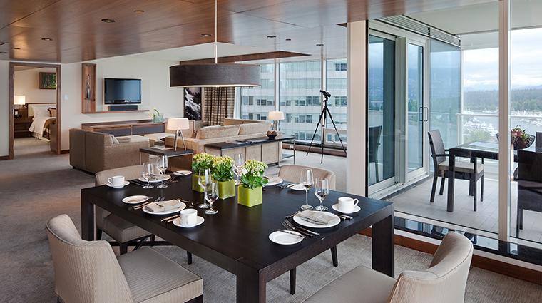 Property FairmontPacificRim Hotel GuestroomSuite FairmontGoldCornerSuiteLivingRoom FRHIHotels&Resorts