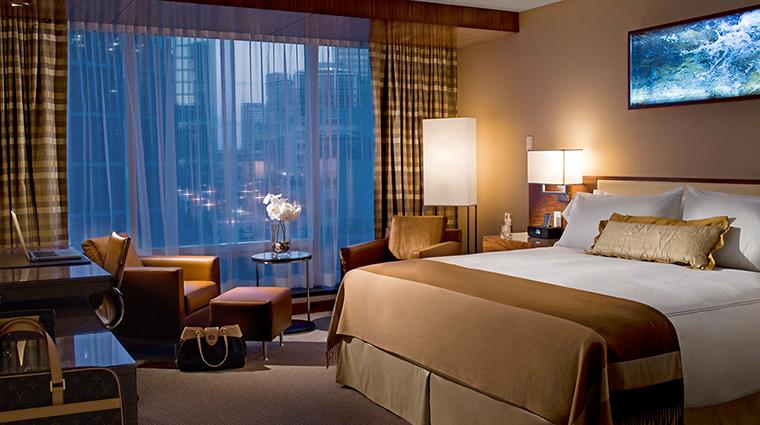 Property FairmontPacificRim Hotel GuestroomSuite FairmontKingRoom FRHIHotels&Resorts