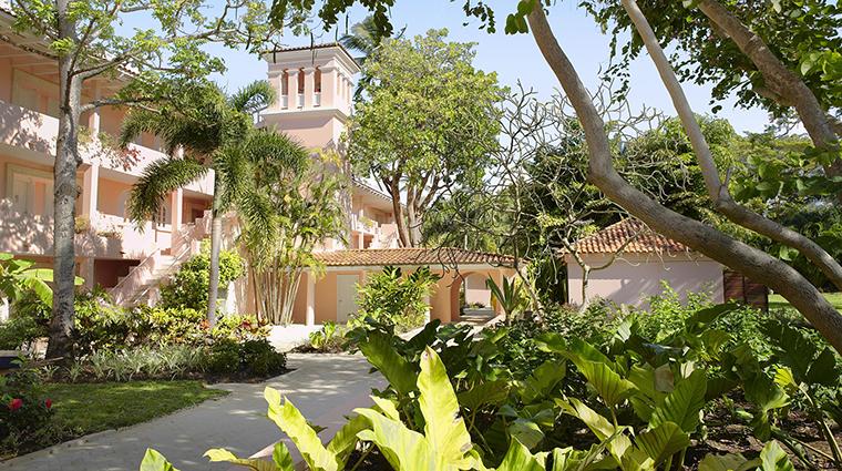 Property FairmontRoyalPavilion Hotel Exterior ExteriorArchitecture FRHI