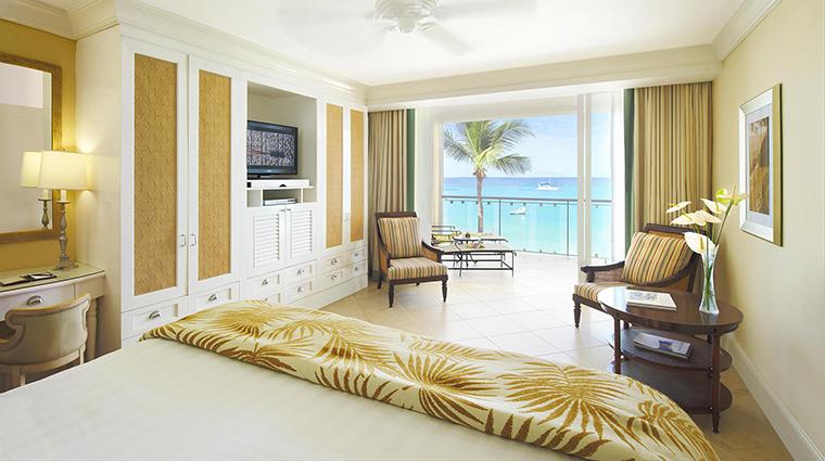 Property FairmontRoyalPavilion Hotel GuestroomSuite OceanfrontDeluxeRoom FRHI