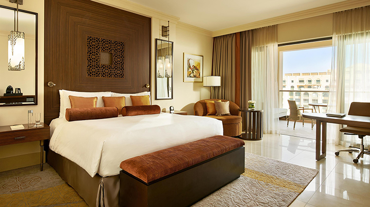 Property FairmontThePalm Hotel GuestroomSuite FairmontViewRoom FRHI
