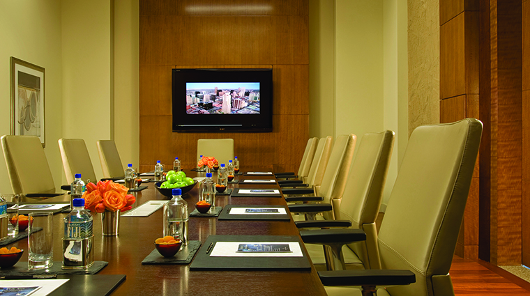 Property FourSeasonsDenver Hotel PublicSpaces Boardroom FourSeasonsHotelsLimited