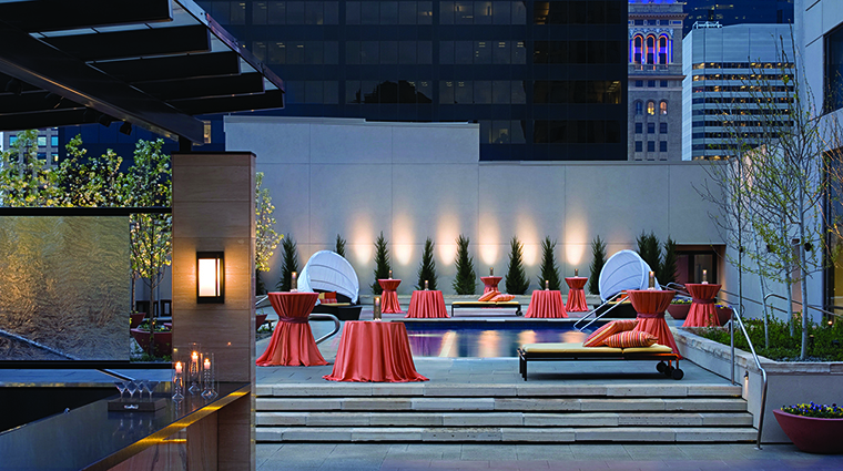 Property FourSeasonsDenver Hotel PublicSpaces RooftopPoolTerrace FourSeasonsHotelsLimited