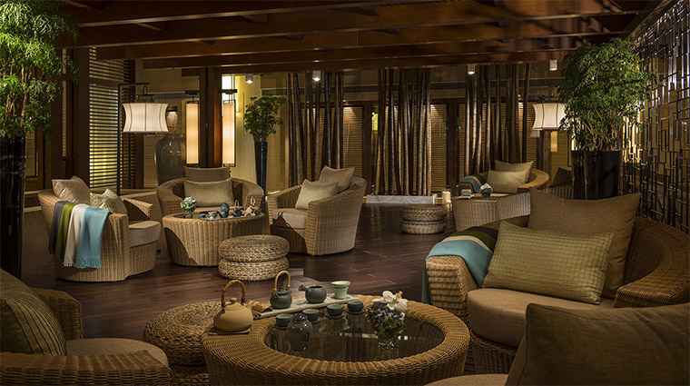 Property FourSeasonsHotelBeijing 12 Hotel BarLounge TeaGarden CreditFourSeasons