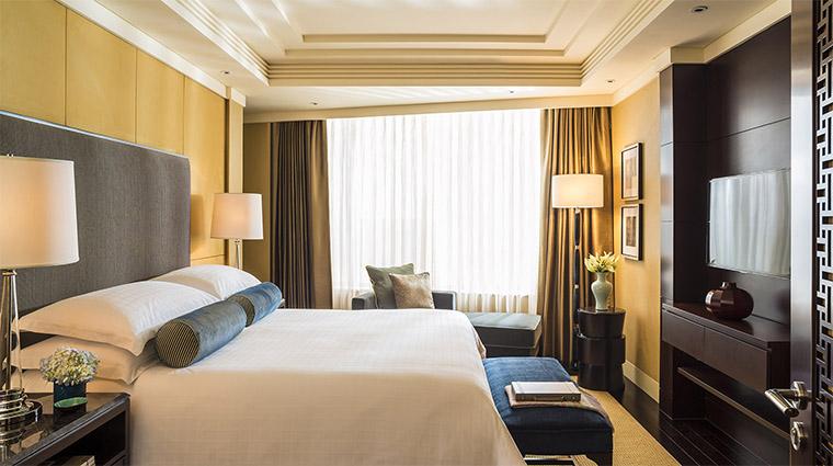 Property FourSeasonsHotelBeijing 6 Hotel GuestroomSuite BeijingSuite BedRoom CreditFourSeasons