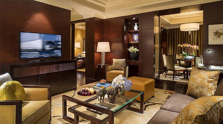 Property FourSeasonsHotelBeijing 7 Hotel GuestroomSuite BeijiningSuite LivingRoom CreditFourSeasons