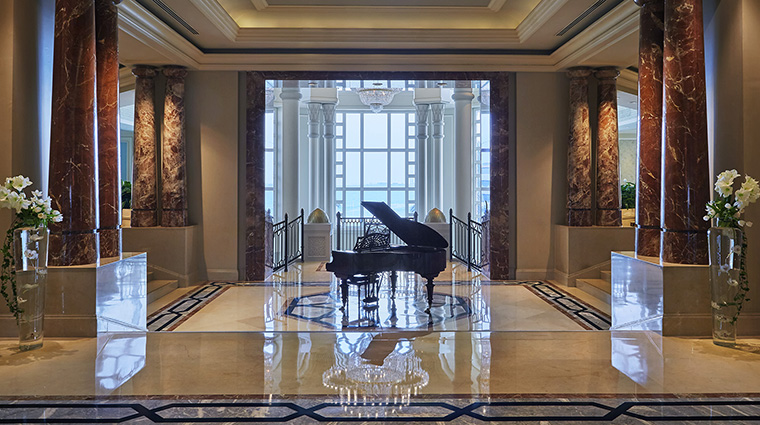Property FourSeasonsHotelDoha Hotel PublicSpaces Lobby FourSeasonsHotelsLimited