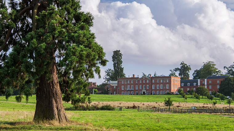 Property FourSeasonsHotelHampshire Hotel Exterior HotelExterior3 FourSeasonHotelsLimited
