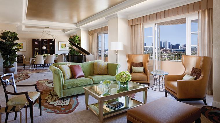 Property FourSeasonsHotelLosAngelesatBeverlyHills Hotel GuestroomSuite PresidentialSuiteWestLivingRoom FourSeasonsHotelsLimited