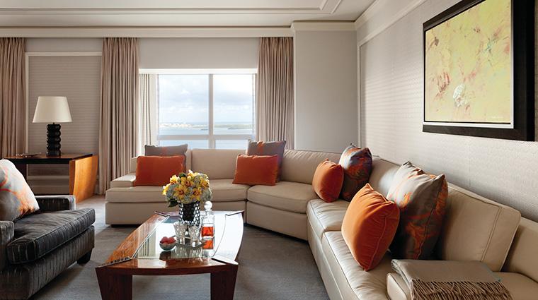 Property FourSeasonsHotelMiami Hotel GuestroomSuite PremierOneBedroomSuite FourSeasonsHotelsLimited