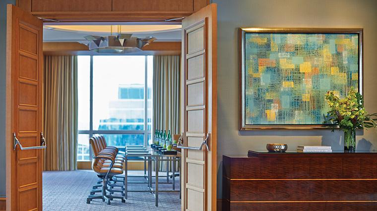 Property FourSeasonsHotelMiami Hotel PublicSpaces CoralGablesFoyer FourSeasonsHotelsLimited