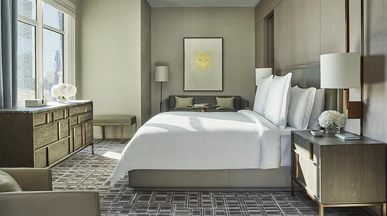 Property FourSeasonsHotelNewYorkDowntown Hotel GuestroomSuite TribecaSuiteBedroom FourSeasonsHotelsLimited