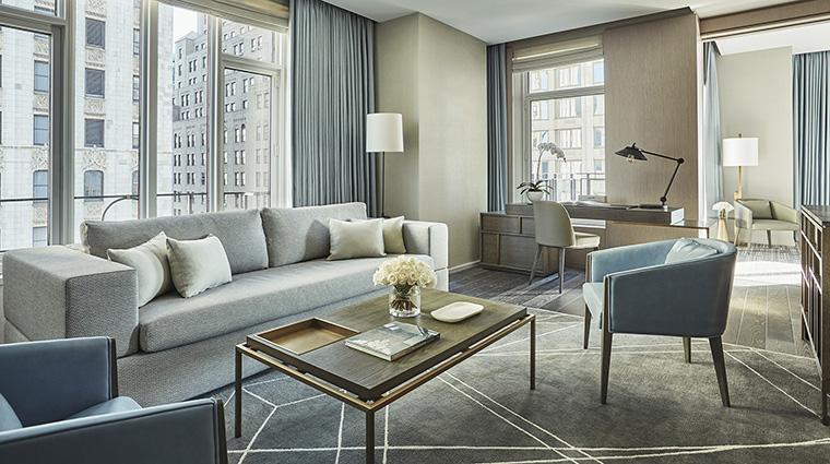 Property FourSeasonsHotelNewYorkDowntown Hotel GuestroomSuite TribecaSuiteLivingRoom FourSeasonsHotelsLimited