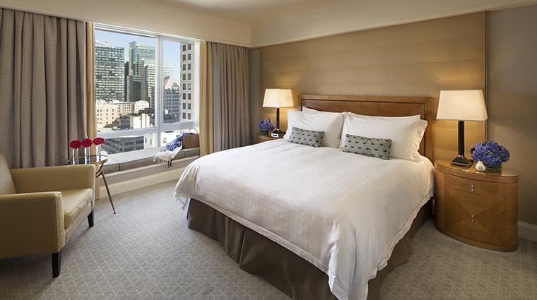 Property FourSeasonsHotelSanFrancisco Hotel GuestroomSuite DeluxeOneBedroomSuiteBedroom FourSeasonsHotelsLimited