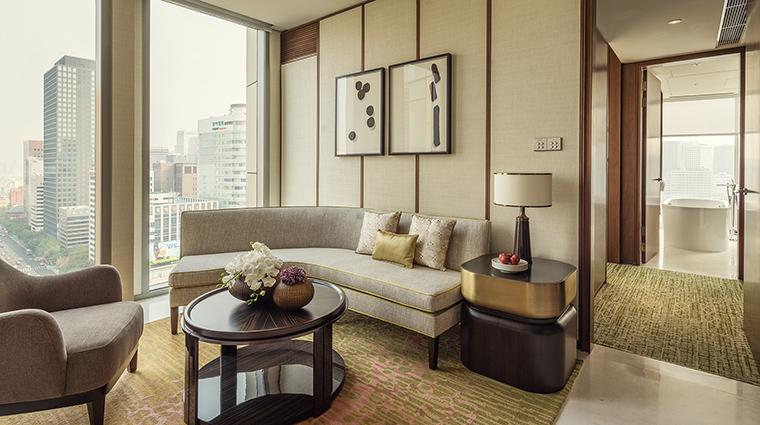 Property FourSeasonsHotelSeoul Hotel GuestroomSuite CityViewSuiteLivingRoom FourSeasonsHotelsLimited