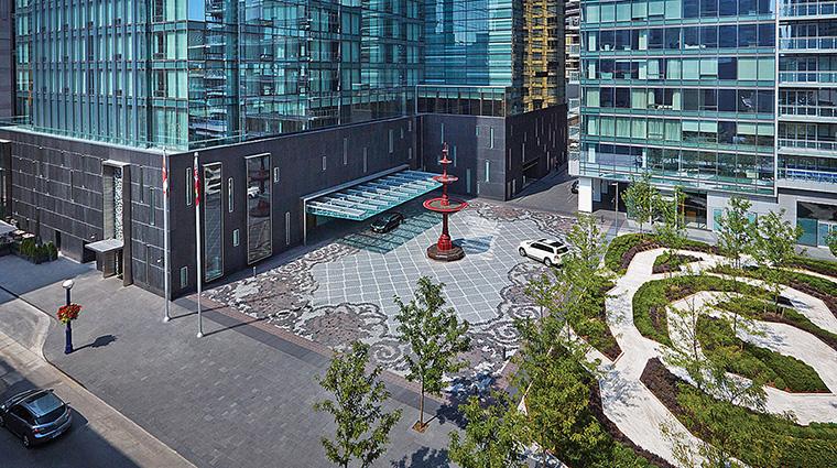Property FourSeasonsHotelToronto Hotel Exterior Exterior FourSeasonsHotelsLimited