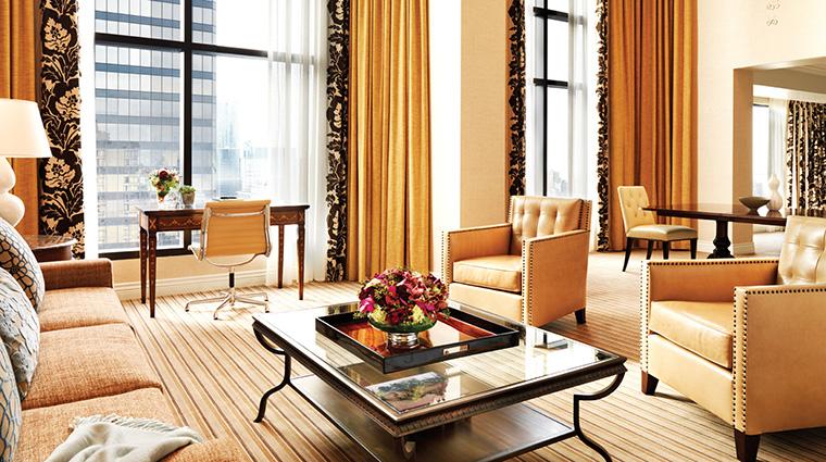 Property FourSeasonsHotelVancouver Hotel GuestroomSuite PrimeMinisterSuiteLivingRoom FourSeasonsHotelsLimited