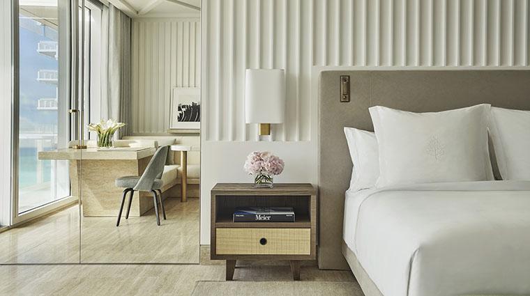 Property FourSeasonsHotels&PrivateResidencesTheSurfClub Hotel GuestroomSuite Guestroom2 FourSeasonsHotelsLimited