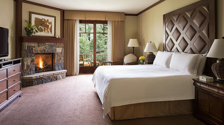 Property FourSeasonsResort&ResidencesVail Hotel GuestroomSuite Guestroom FourSeasonsHotelsLimited