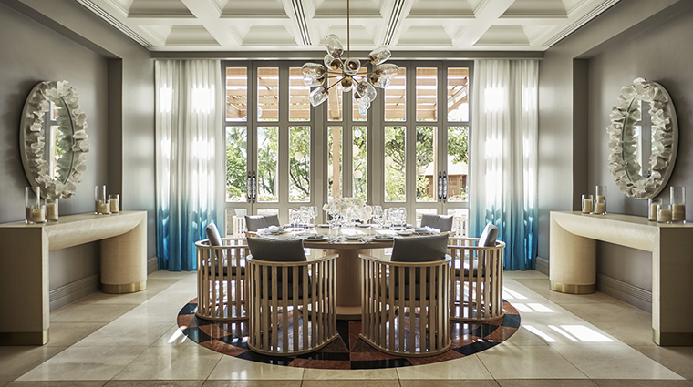 Property FourSeasonsResortOahuatKoOlina Hotel Dining NOEInteriorDining FourSeasonsHotelsLimited