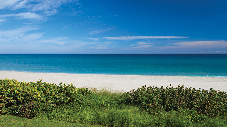 Property FourSeasonsResortPalmBeach 12 Hotel Exterior ViewOfTheOceanFromASuite CreditFourSeaons