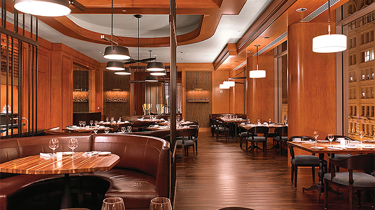 Property FourSeasonsSanFrancisco Restaurant BarLounge DiningTables FourSeasonsHotel