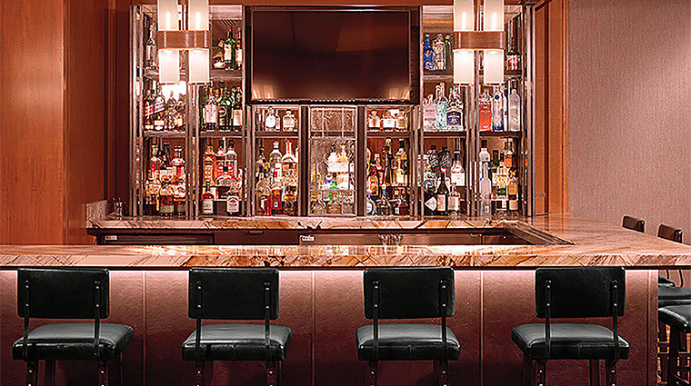 Property FourSeasonsSanFrancisco Restaurant BarLounge FrontalBar FourSeasonsHotel